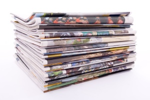 newspaper_pile_04